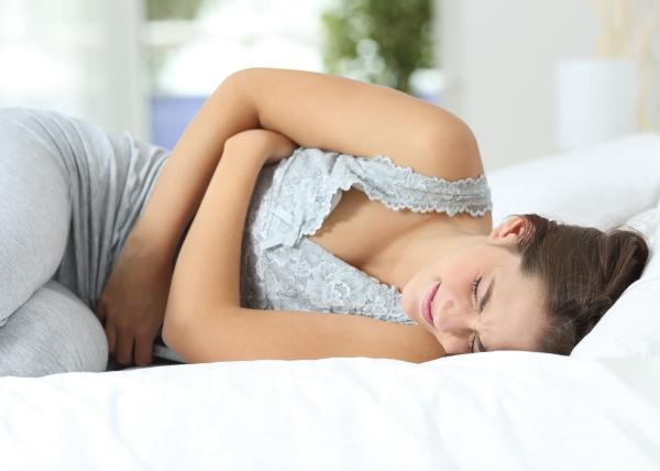 Kuukautiskivuista kärsivillä usein myös muita kipuja