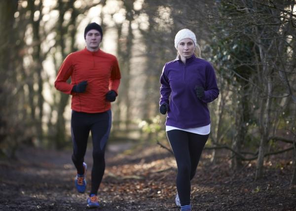 Säänöllinen liikunta voi vähentää koronakuolemia ja sairaalahoitoja