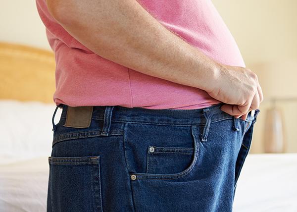 Rasva kertyy myös hengitysteihin – saattaa selittää ylipainoisten astmariskin